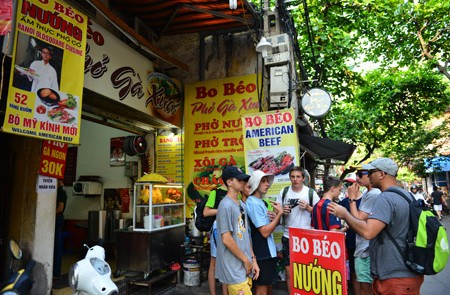 Hanoi Street Food – Half day