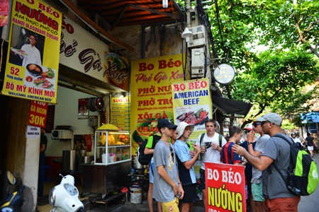 Hanoi Street Food - Half day - Vietnam Tour