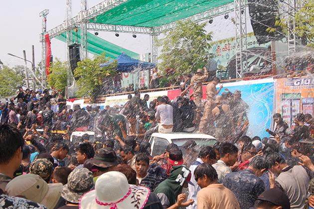 Myanmar Thingyan Water Festival