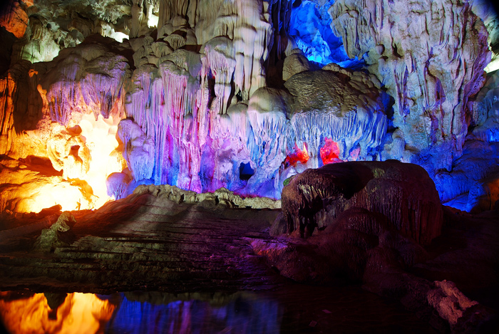 Thien Cung Cave in Halong Bay, Vietnam.