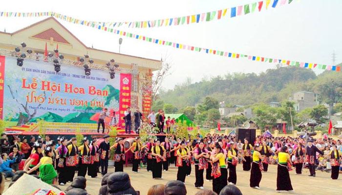 Ban flower Festival