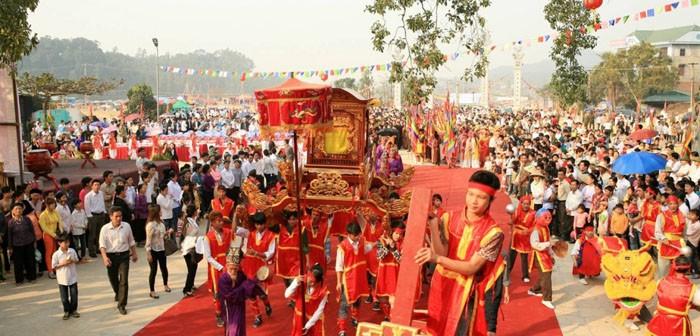 Giong Festival