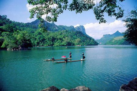 Ba-Be-Lake-at-A-Glance-001