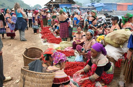 Sa Pa – Can Cau Market Tour – 4 Days