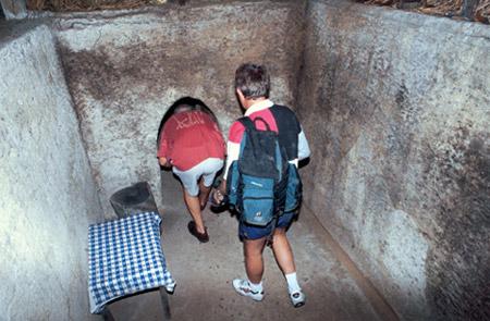 Cu-Chi-tunnels-342