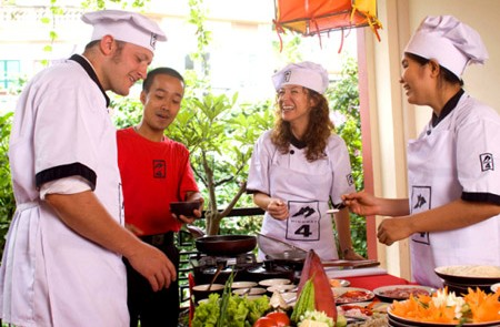 Hanoi Cooking Vietnamese Cuisines Tour – Half day