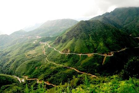 Hoang Lien Son Pass