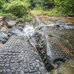 Kbal Spean river cambodia vietnam tour