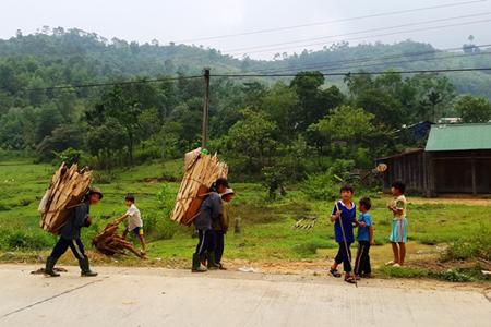 Local people in PLeiku