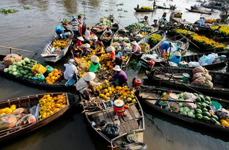 Mekong Delta Tour With Colorful Market of Cai Be – 1 Day