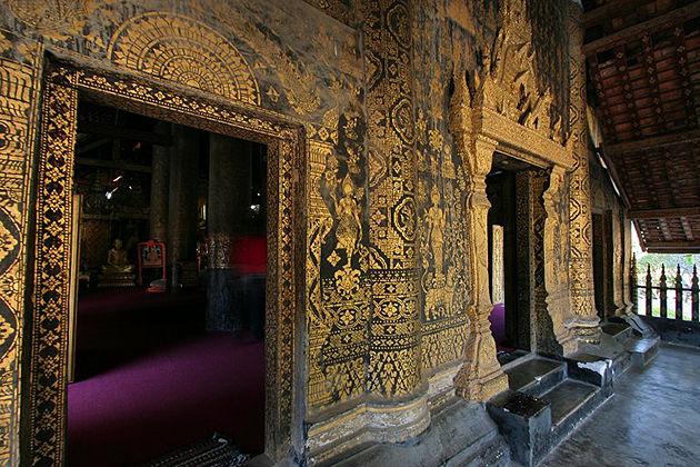 Wat Xiengthong luang prabang tour 3 days
