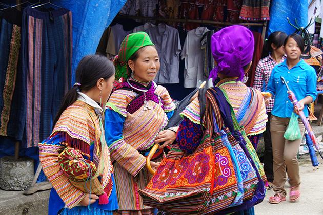bac ha sunday market in sapa