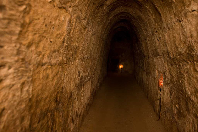 cu chi tunnels southern vietnam tour package