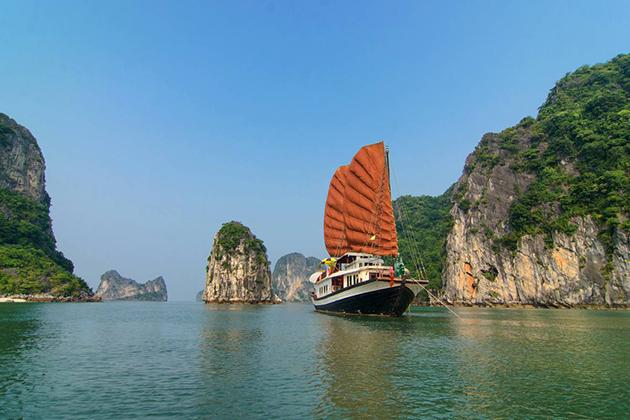 halong bay one of World Natural Wonders
