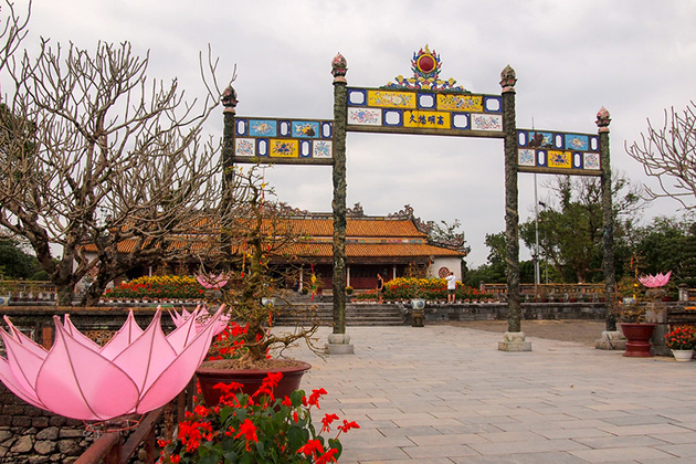 hue imperial city 12 day vietnam dreaming tour