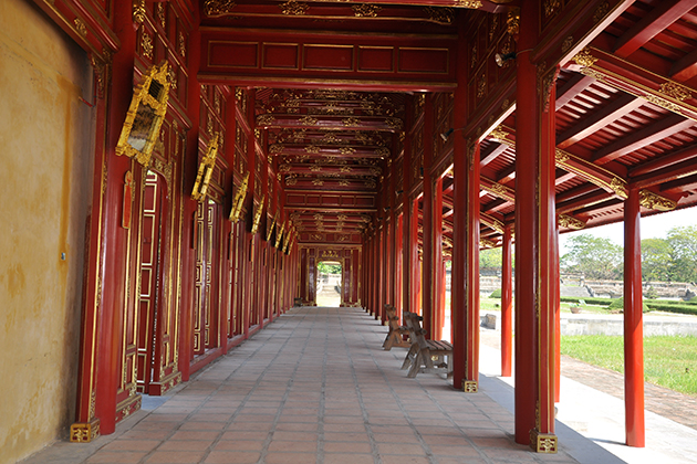 hue imperial city 17-day vietnam tour