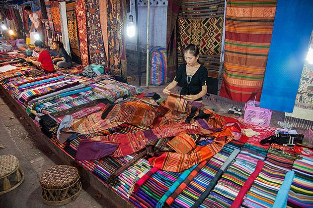 luang prabang night market luang prabang tour 3 days