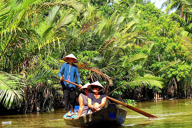 mekong delta boat exploration vietnam and cambodia tour 21 days