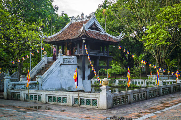 one pillar pagoda vietnam tour in 12 days