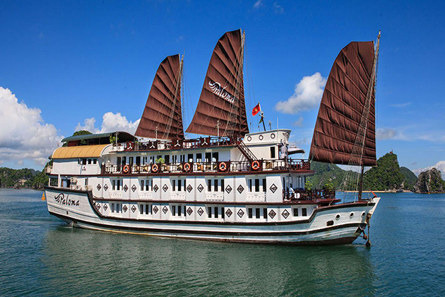 Paloma junk cruise at halong bay