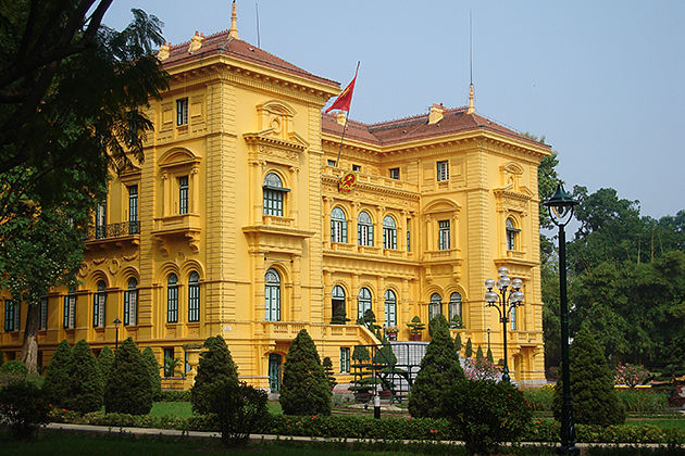 Presidential Palace in hanoi vietnam cambodia tour package_opt