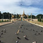 royal palace in phnom penh vietnam cambodia tour package