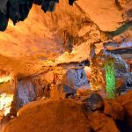 sung sot cave at halong bay