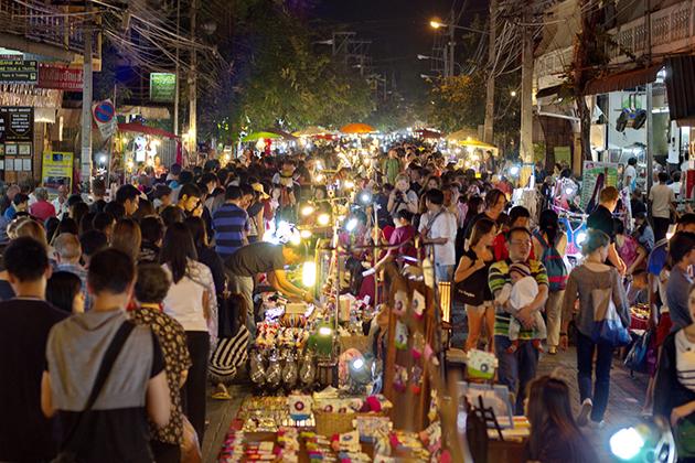 shopping at hanoi old quarter