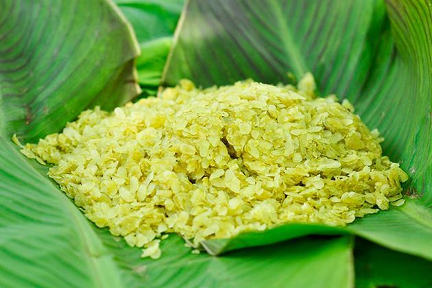 green rice vietnam souvenir