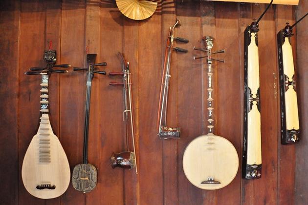 vietnam Musical Instruments