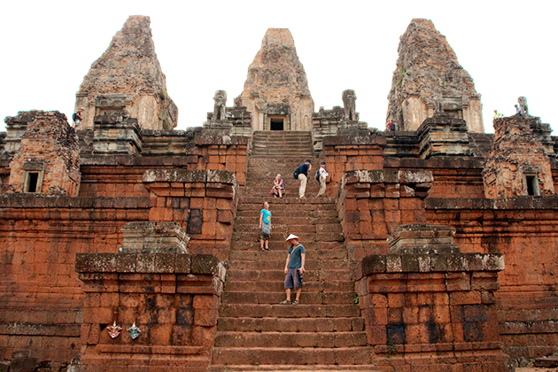 Pre Rup Temple siem reap in the summer