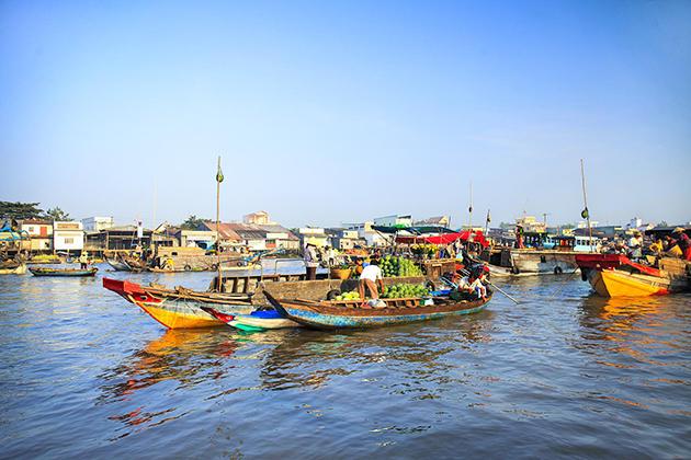 cai rang floating market south vietnam summer tour