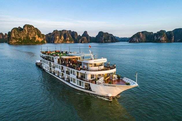 the halong bay cruise