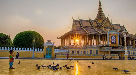 Glimpse of Siem Reap & Phnom Penh Tours – 7 Days