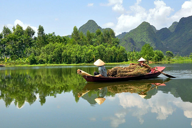Experience the Mekong Delta in Floating Season