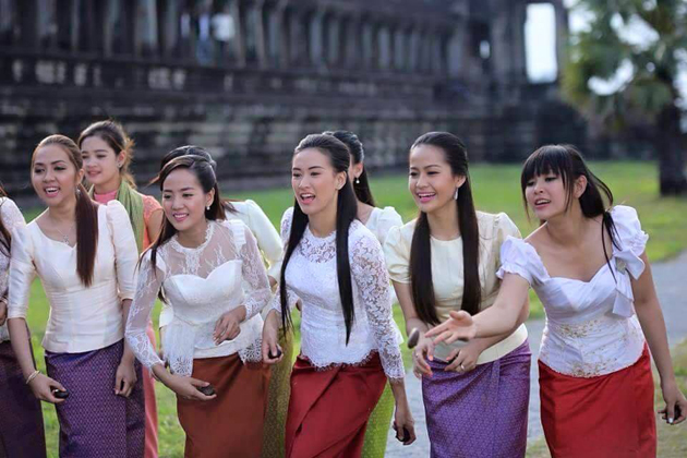 Cambodia Traditional Dress