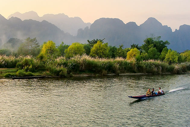 Vang Vieng Laos Tour