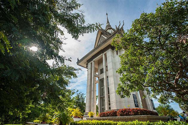 Choeung Ek Memorial Cambodia Tour