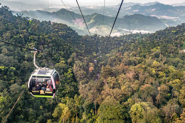 Cable Car to Vong Nguyet Hills