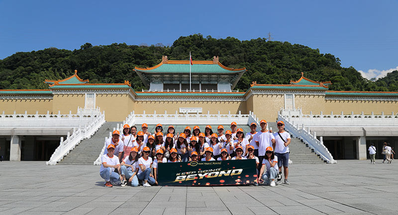 Viet Vision Travel Team