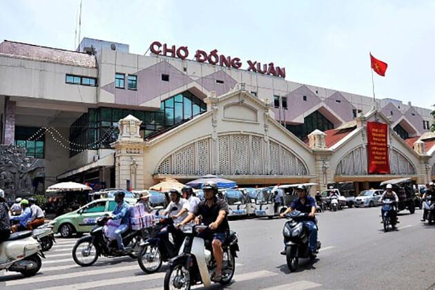 DOng Xuan Market Tour in Hanoi